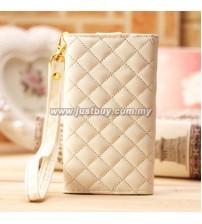iPhone 4/4s Grid Pattern Luxury Wristlet - White